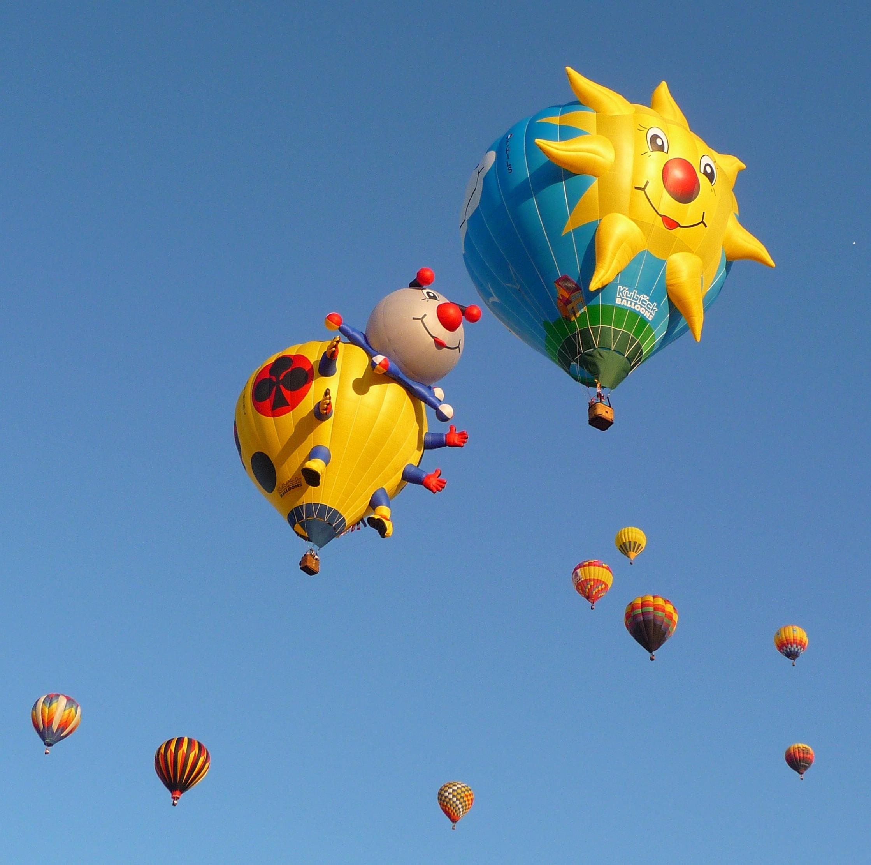 File:Albuquerque Balloon Fiesta 2011 - laddy bug and sun balloons