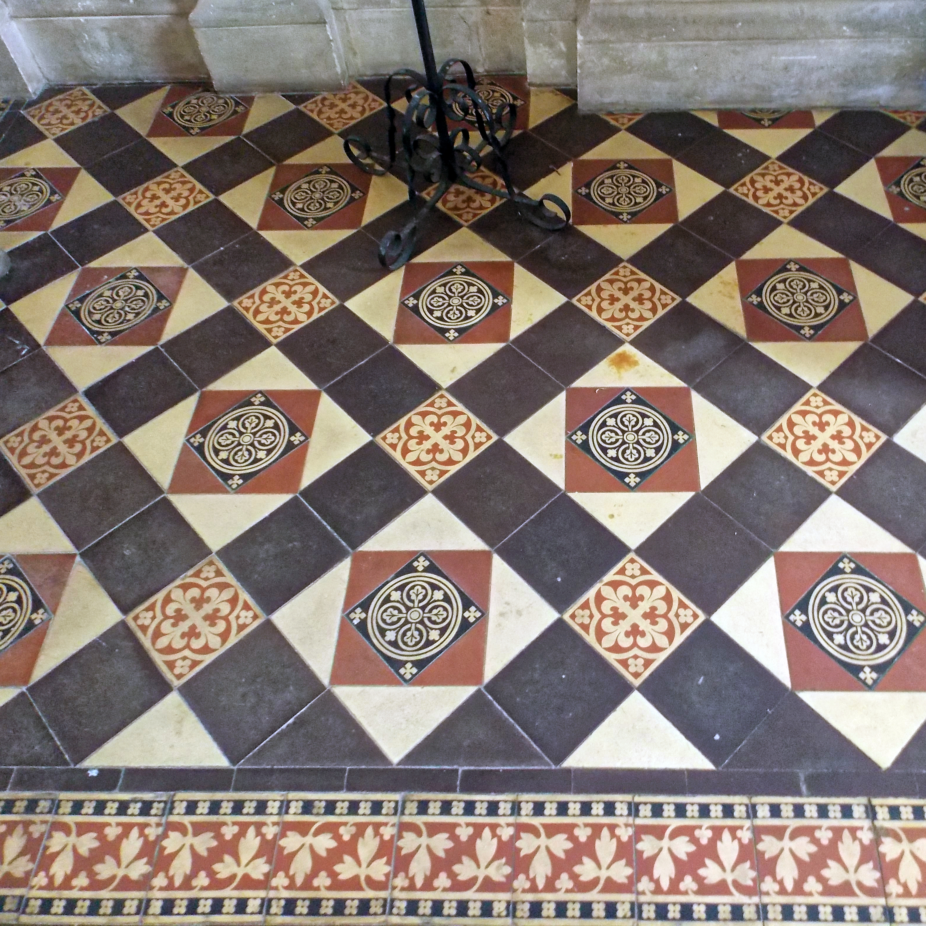 File:All Saints Church Farley, Wiltshire, England - chancel floor ...