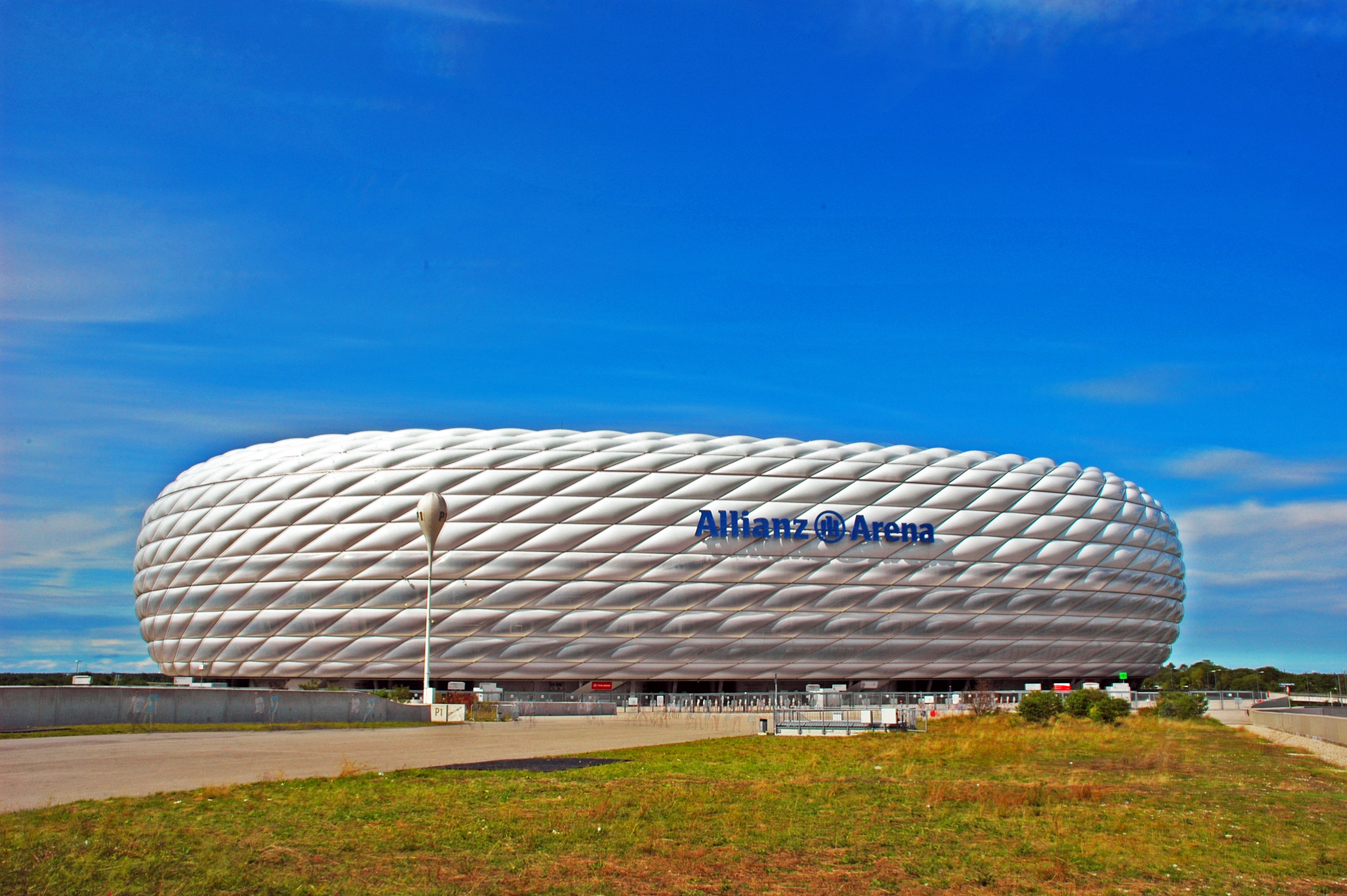 file allianz arena muenchen wikimedia commons. Black Bedroom Furniture Sets. Home Design Ideas