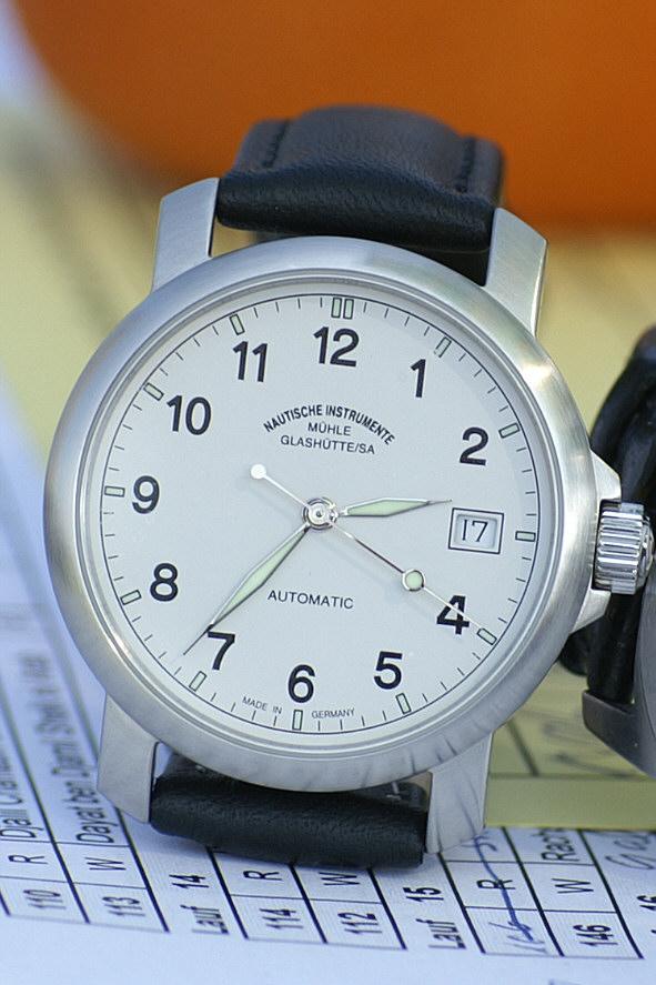 File Armbanduhr Muehle Glashuette Jpg Wikimedia Commons