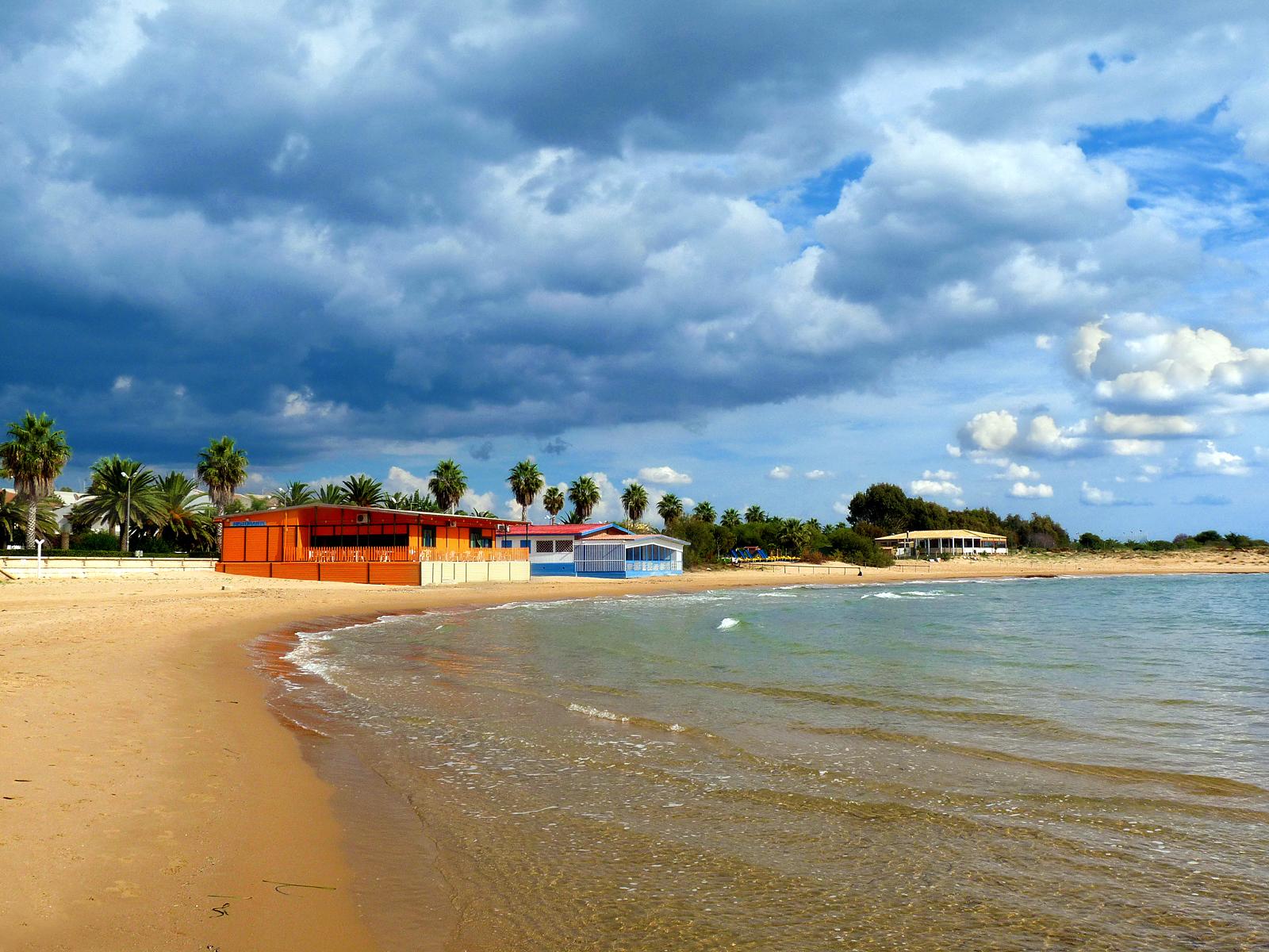 Image result for plaja in Marina di Ragusa