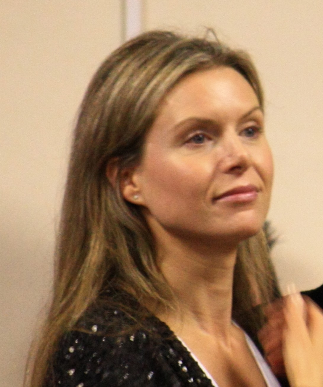 Chloë Annett - Wikipedia