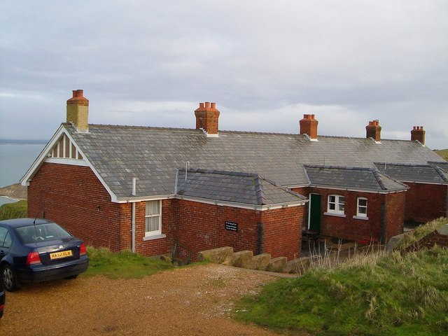 Coastguard Cottages near the Needles - geograph.org.uk - 1414739