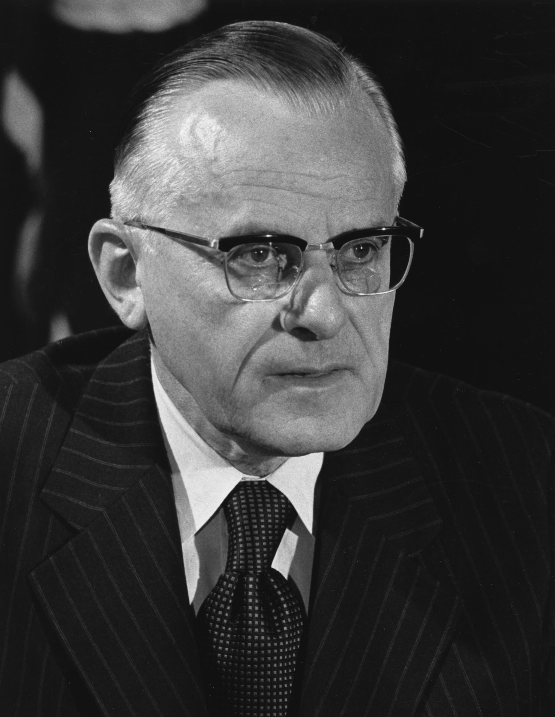 English: Earl Lauer Butz, U.S. Secretary of Ag...