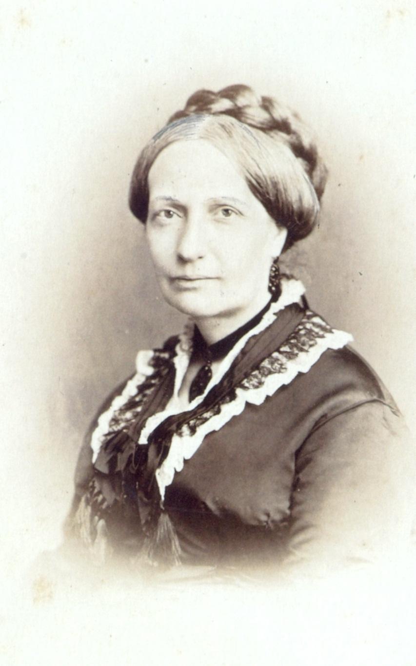 Empress teresa cristina circa 1876.jpg