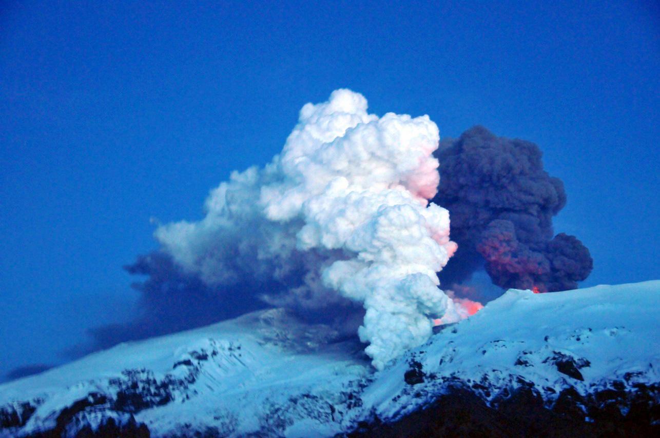 """Résultat de recherche d'images pour """"eyjafjöll eruption"""""""