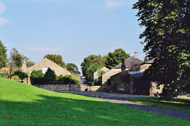 Former outbuildings, Read Hall - geograph.org.uk - 58964