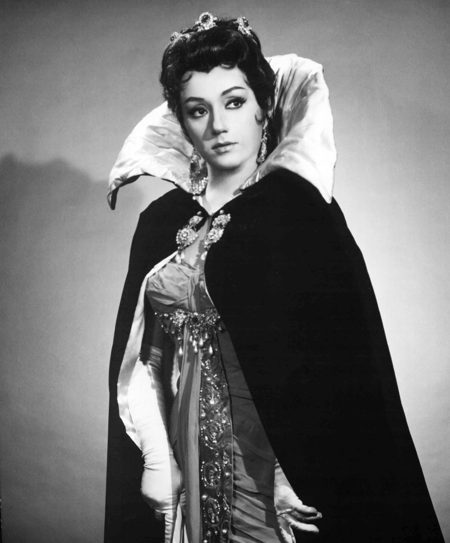 Datei:Gabriella Tucci 1968.JPG – Wikipedia