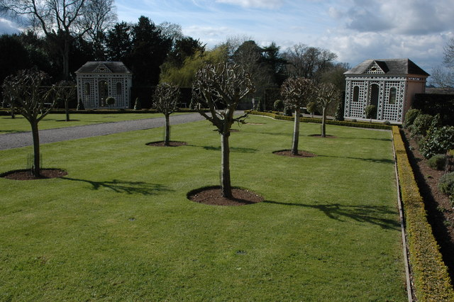 Gardens of Hanbury Hall - geograph.org.uk - 738484