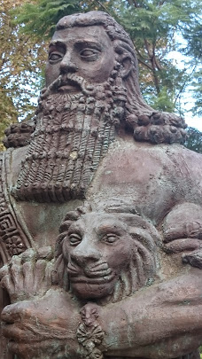 the themes of friendship and mortality in the epic story of gilgamesh A mesopotamian epic centered around the king of uruk, gilgamesh, and his quest for immortality, with themes of humanity, friendship, and the duties of kings a mesopotamian king from ~2500 bce he became the hero of a major epic poem and was addressed as a deity in later religious texts.