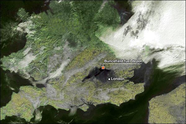 citernes explosées, Hemel Hempstead, Angleterre Hemel_Hempstead_fuel_explosion_map