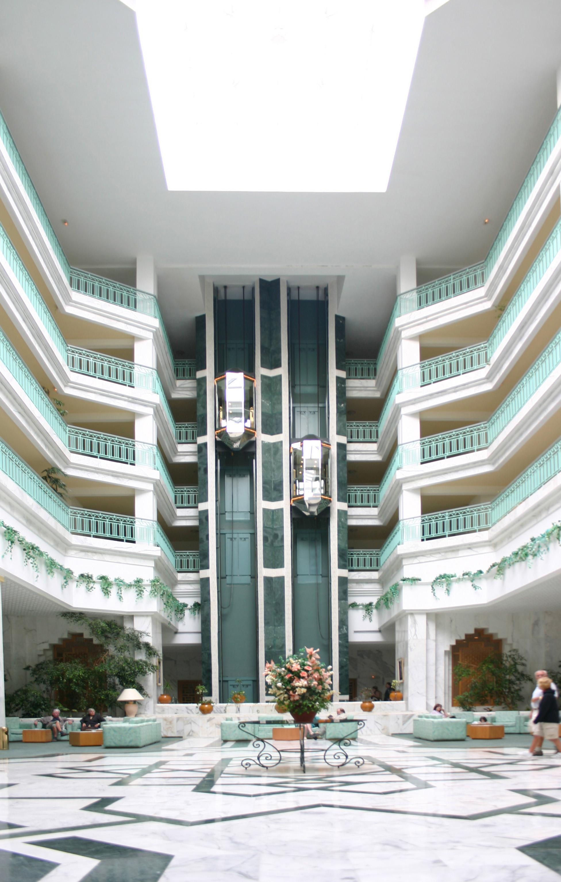 Foyer In Hotel : File hotel foyer g wikimedia commons