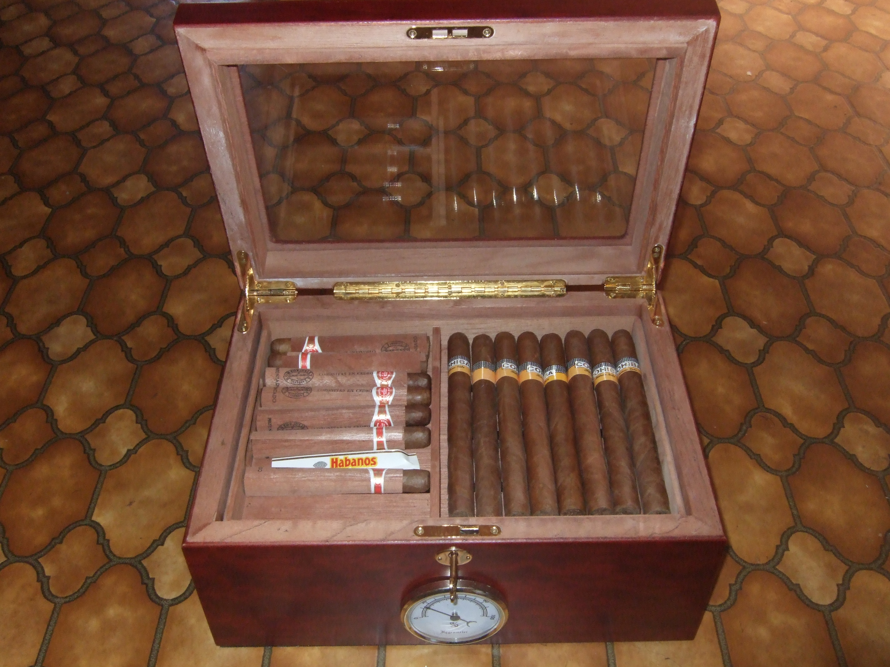 How do i put the fluid in my antique humidor >> humidor with fire  #6A3F25