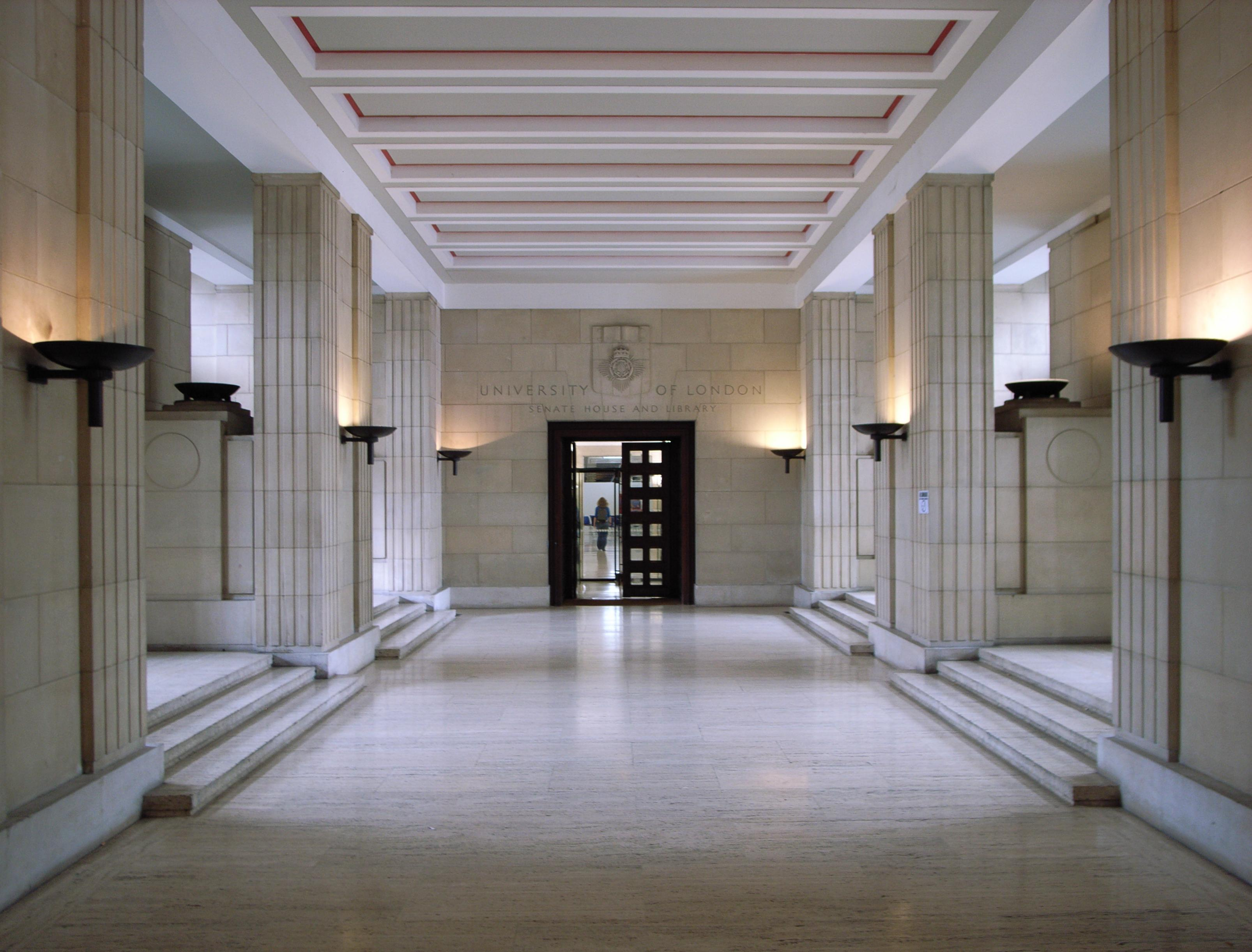 File:Inside Senate House.jpg - Wikimedia Commons