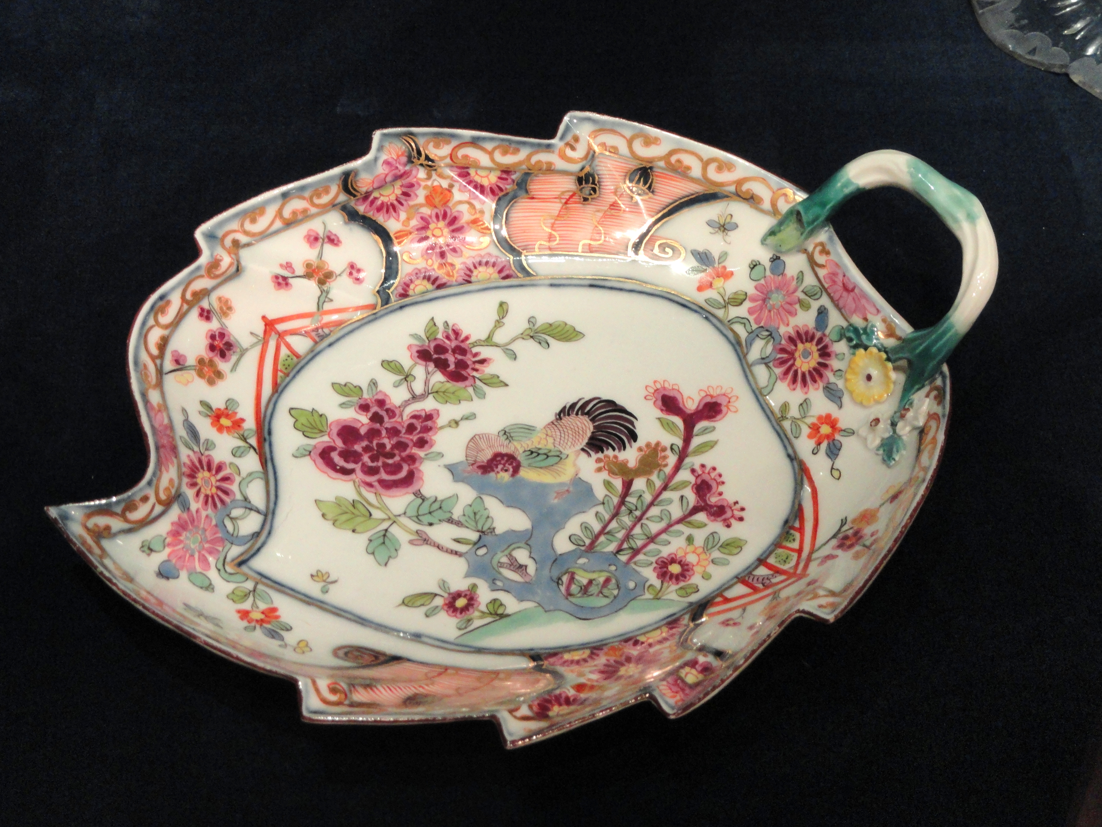 File:Leaf Dish, about 1735, Meissen Porcelain Factory, Germany, perhaps decorated by Johann