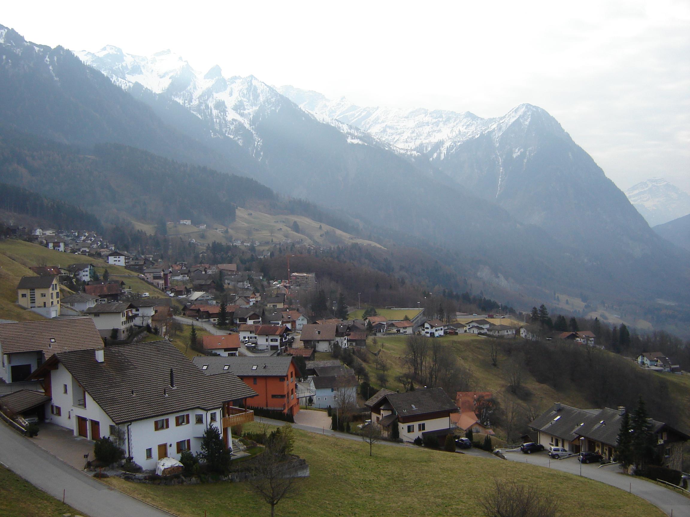 хвостовик горы в лихтенштейн фото сам