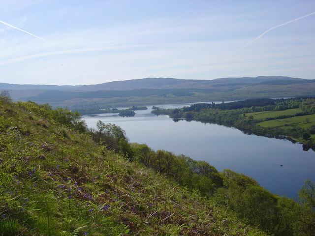 Loch Awe - geograph.org.uk - 171800.jpg