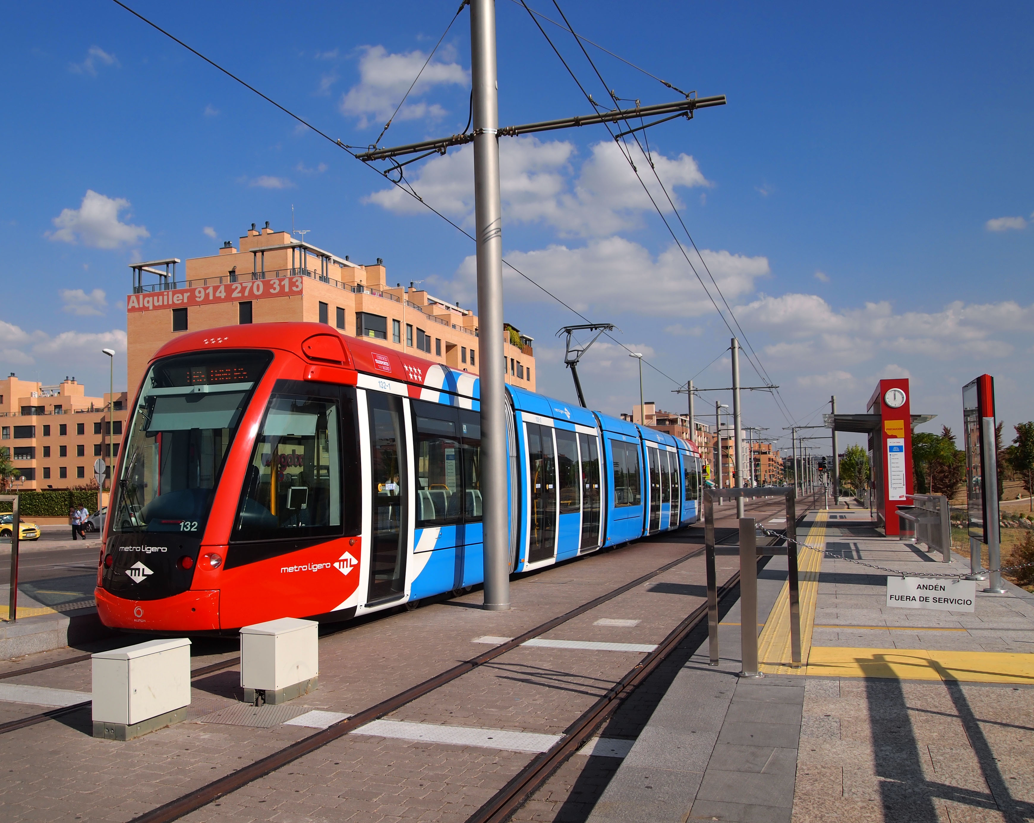 File Madrid Metro Ligero Las Tablas Jpg Wikimedia Commons