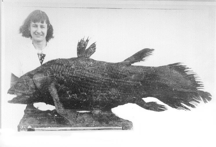 Marjorie_Courtenay-Latimer_and_Coelacanth.jpg