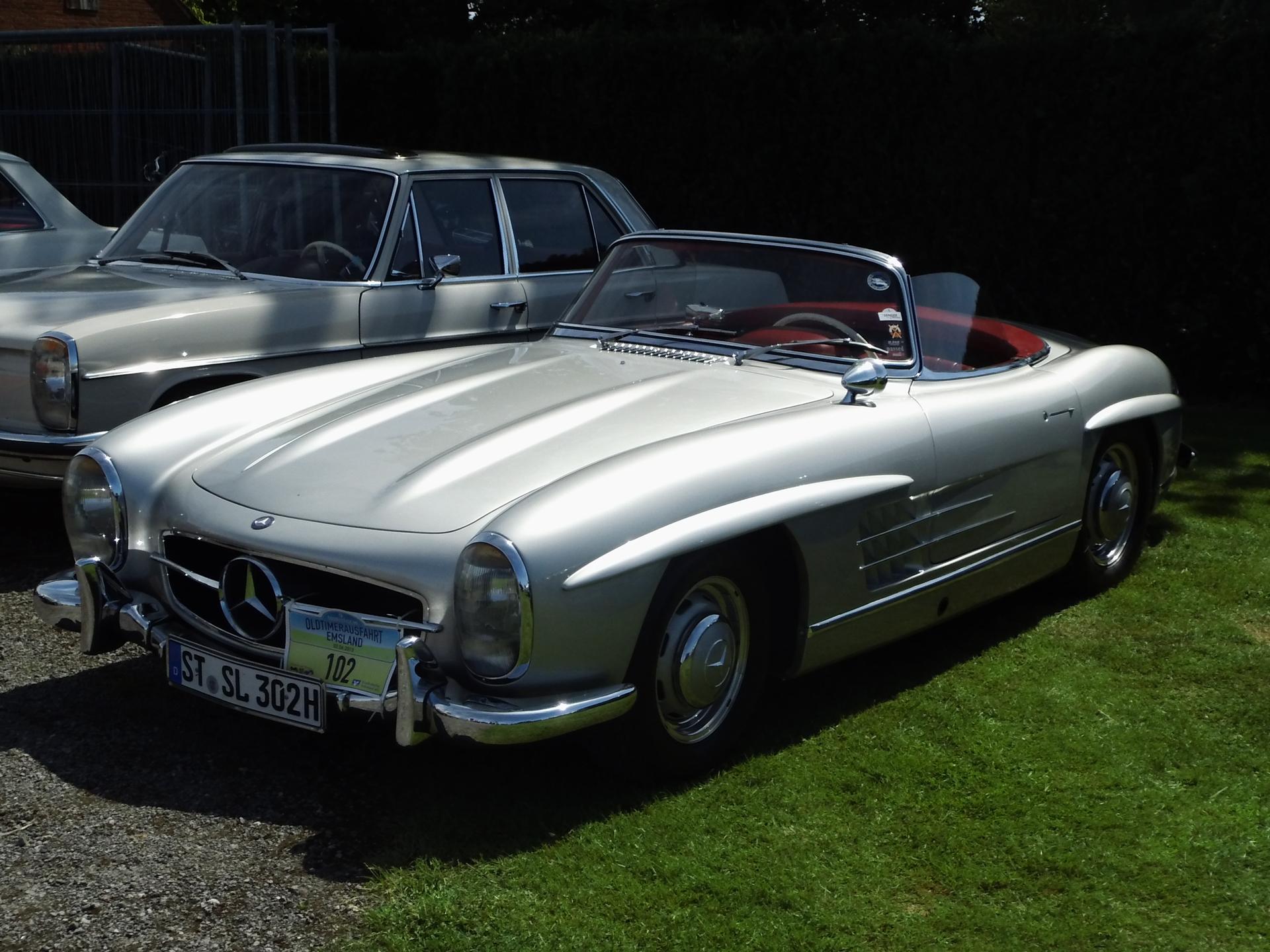 File:Mercedes Benz 300 SL Roadster Felsen 02.06.2013 9.Touristische  Oldtimerausfahrt (