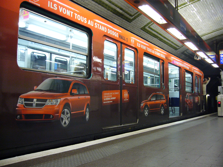 File metro paris ligne 12 porte de versailles mf67 for Porte de versailles salon metro