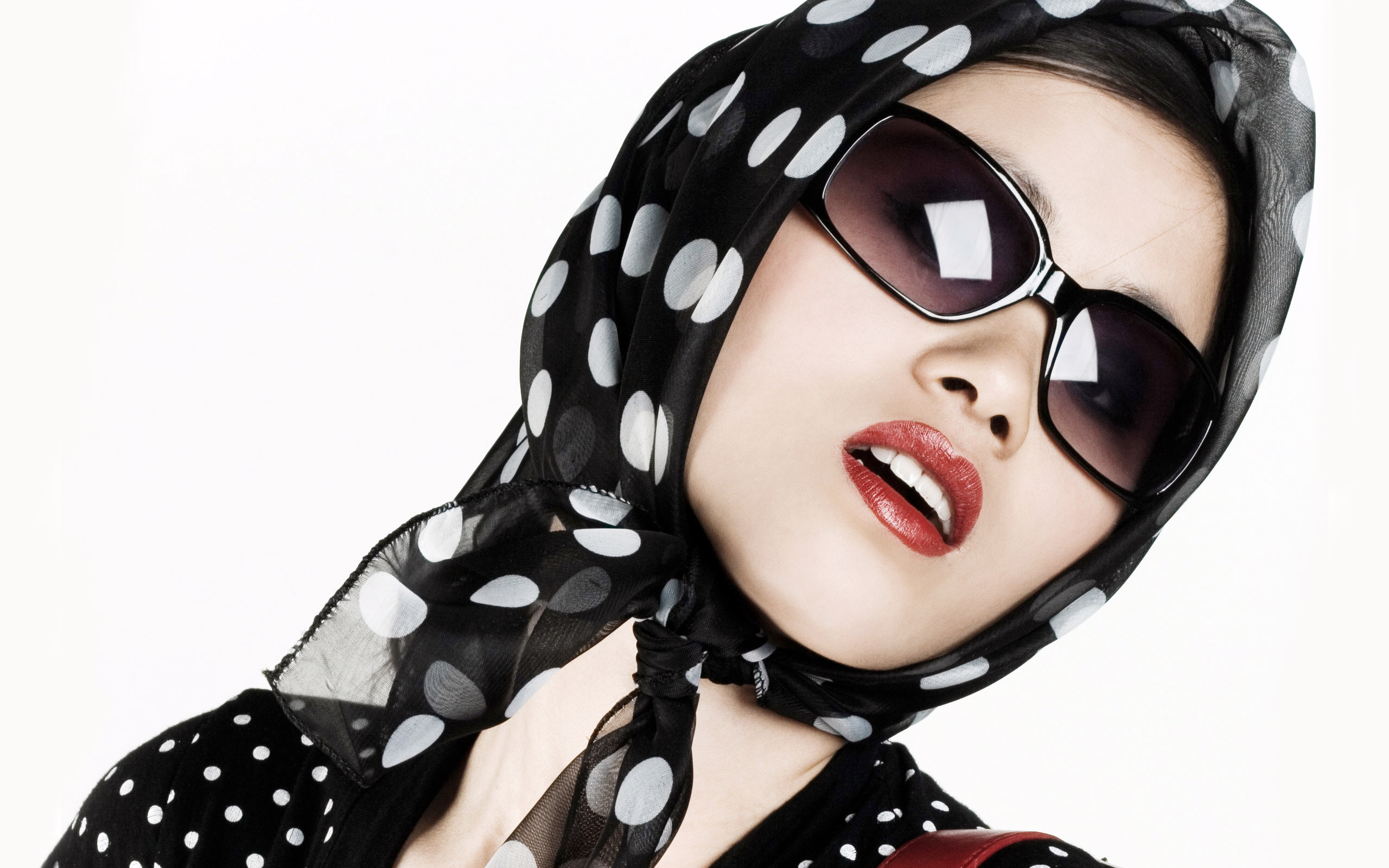 how to use a headscarf