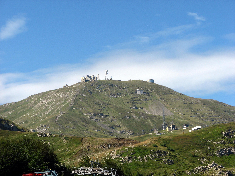 File:Monte Cimone vers...