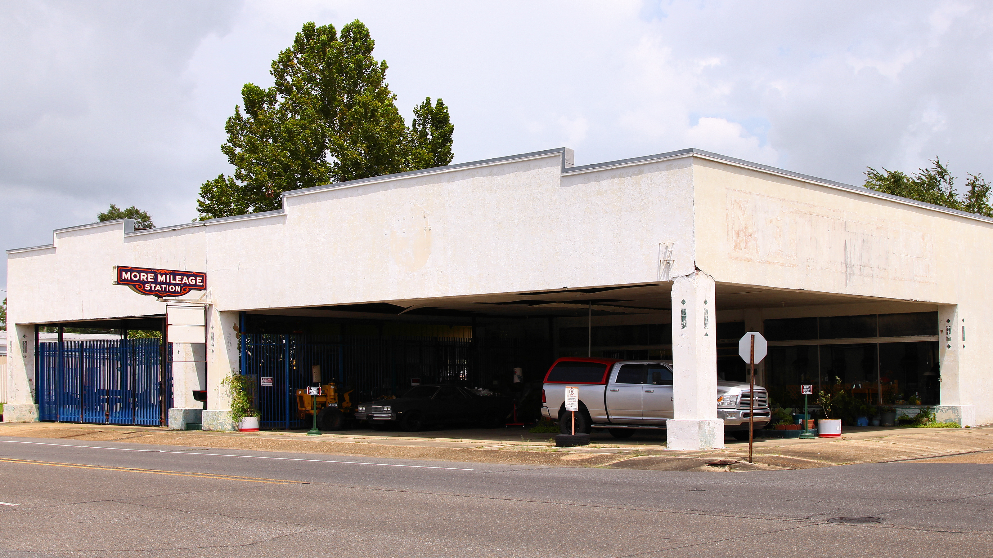 More Mileage Gas Station Wikipedia