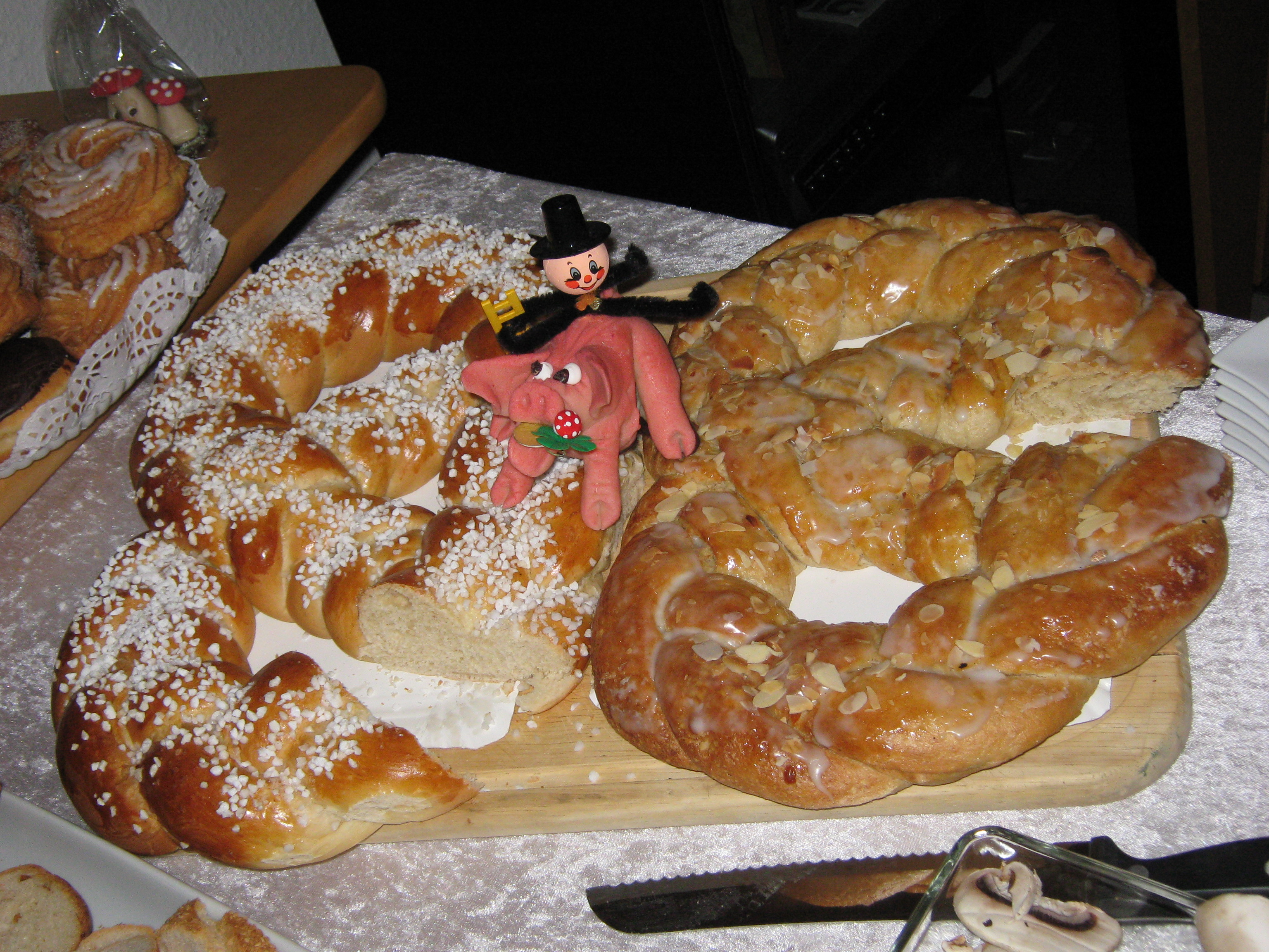 Neujahrsbrezel, New years yeast pretzel. Photo by Wikimedia