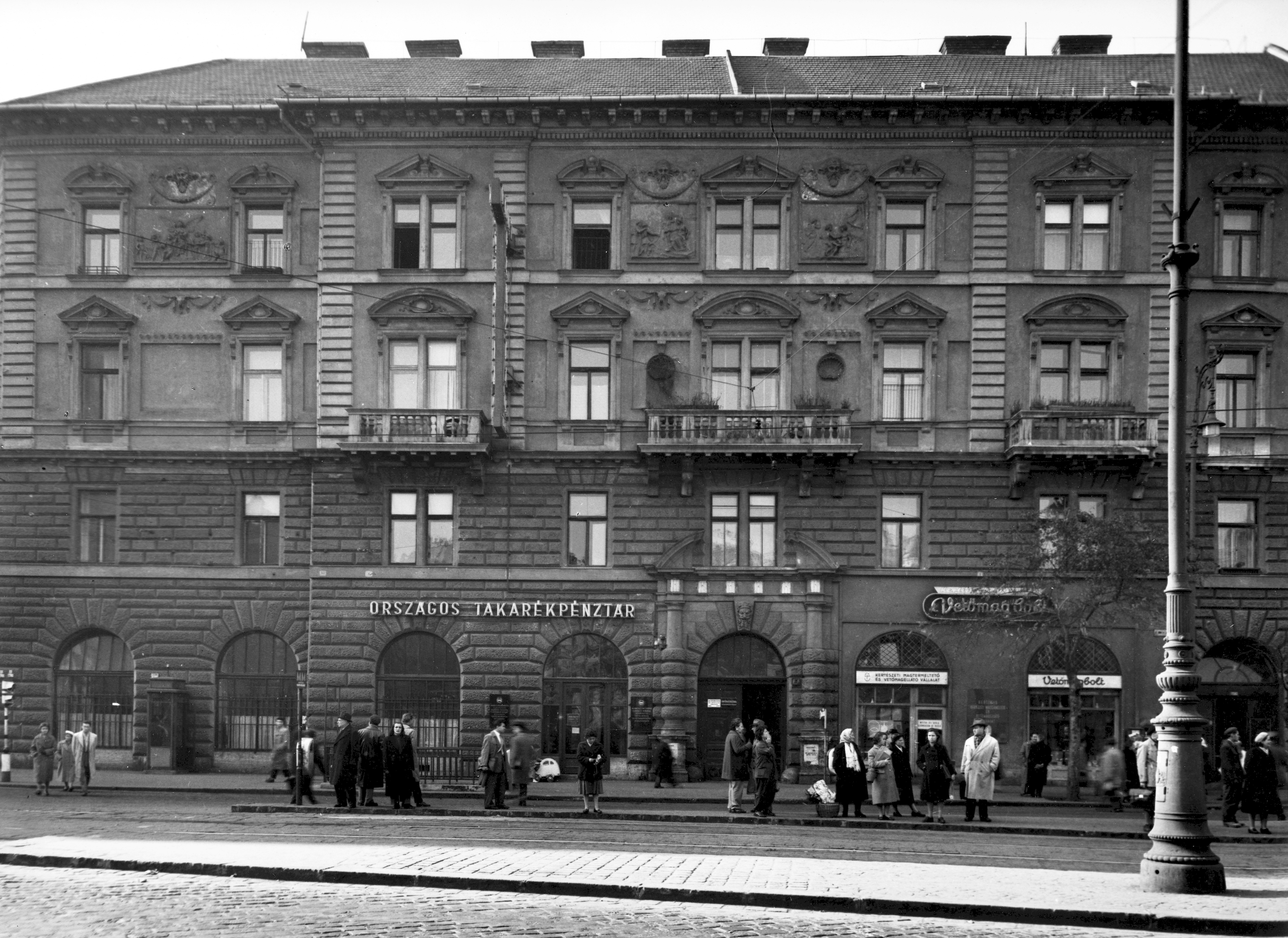 Fájl:Nyugati (Marx) tér 9., 1958 Budapest - Fortepan ...