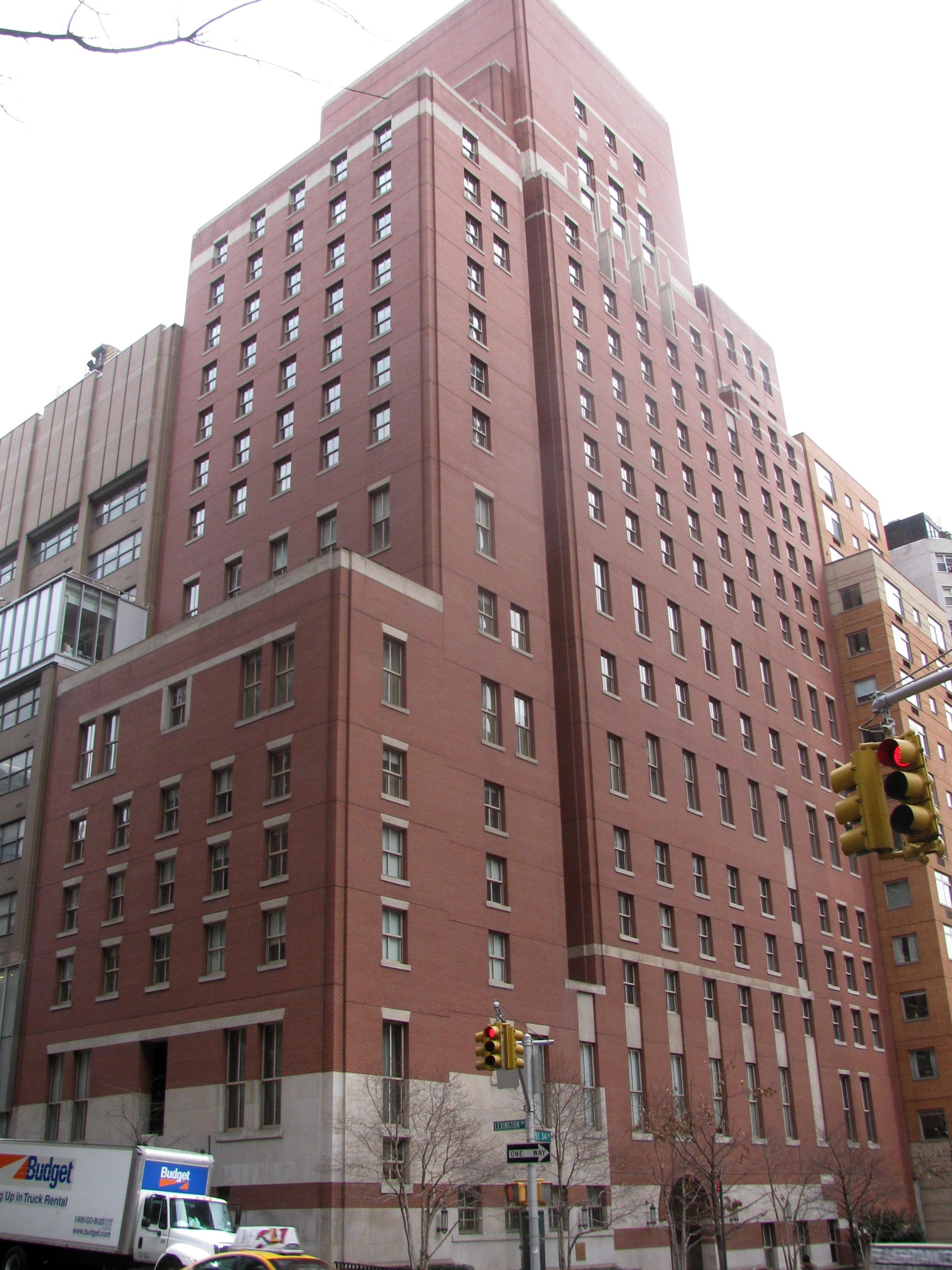 File:Opus Dei Headquarters (4334060263).jpg - Wikimedia Commons