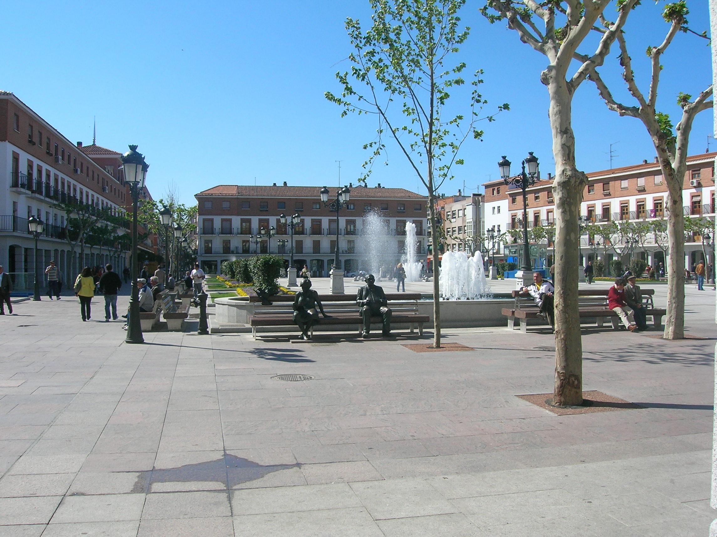 Dosiero plaza mayor de torrej n jpg vikipedio - Chalet torrejon de ardoz ...