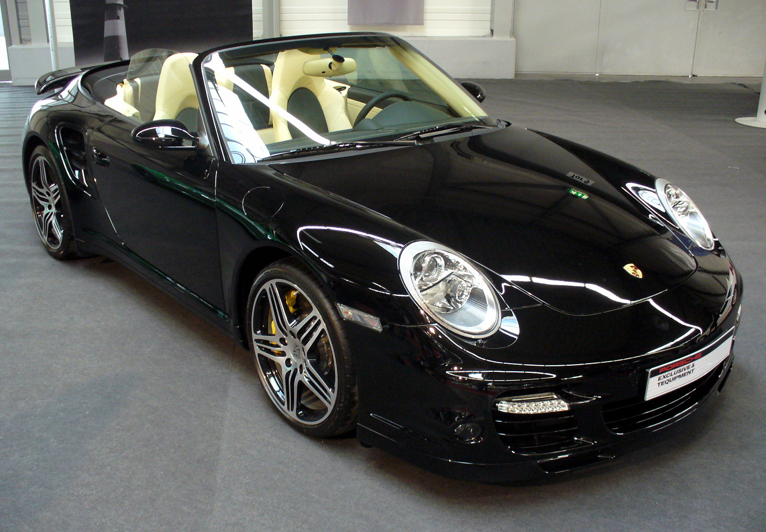 file porsche 997 turbo cabriolet jpg wikimedia commons. Black Bedroom Furniture Sets. Home Design Ideas