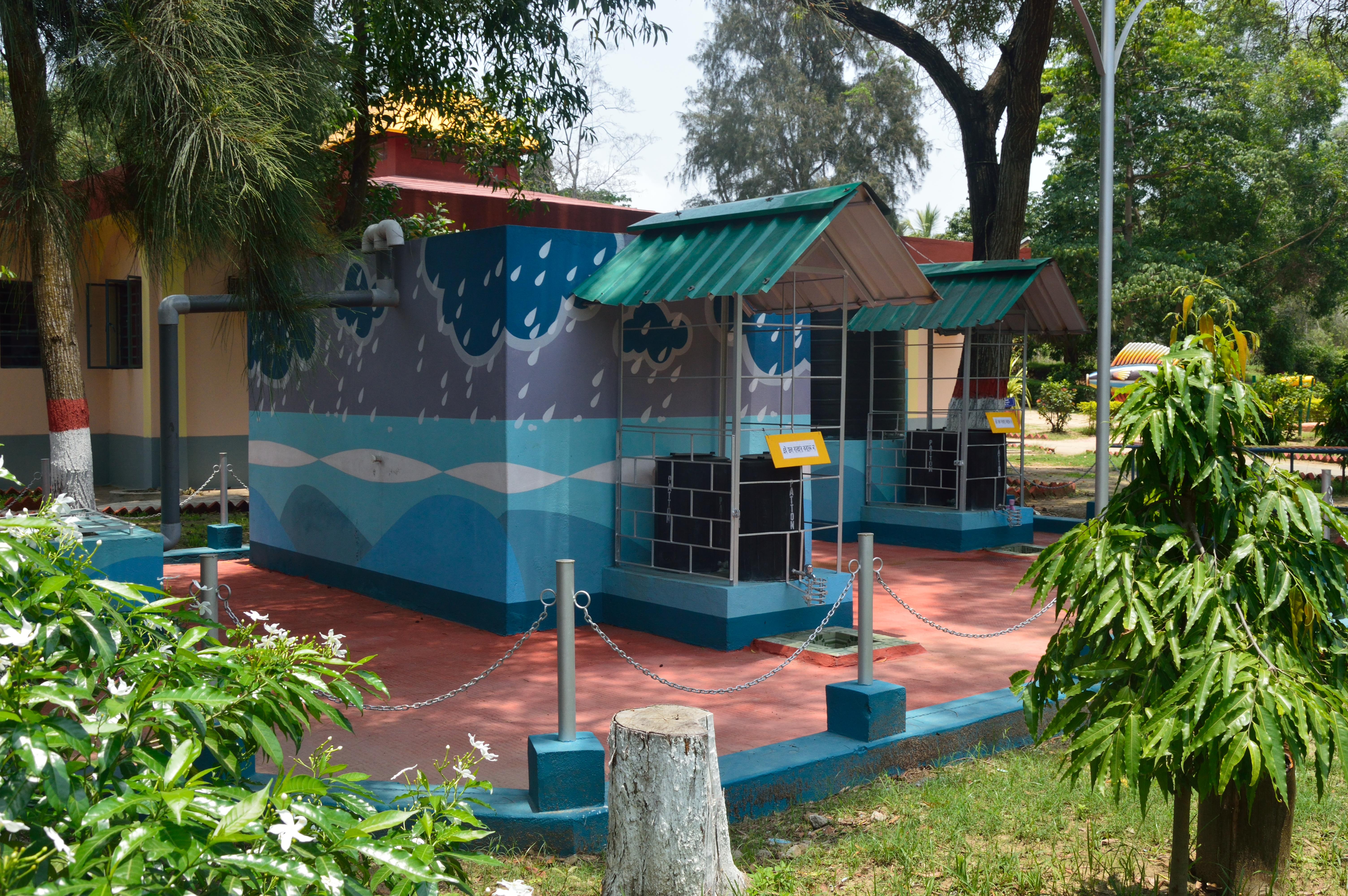 Description rainwater harvesting system jpg - File Rooftop Rainwater Harvesting System Digha Science Centre New Digha East Midnapore