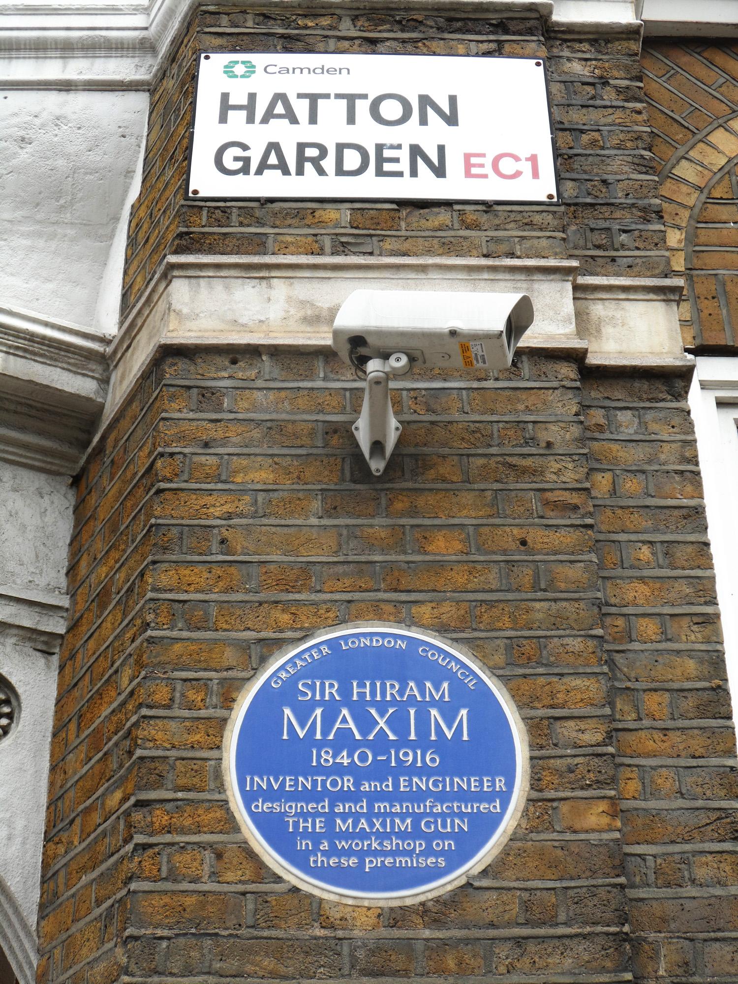 File:SIR HIRAM MAXIM   57d Hatton Garden Holborn London EC1N 8HP Med