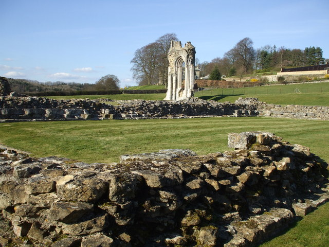 Scant Remains of the Chapterhouse - geograph.org.uk - 1226753