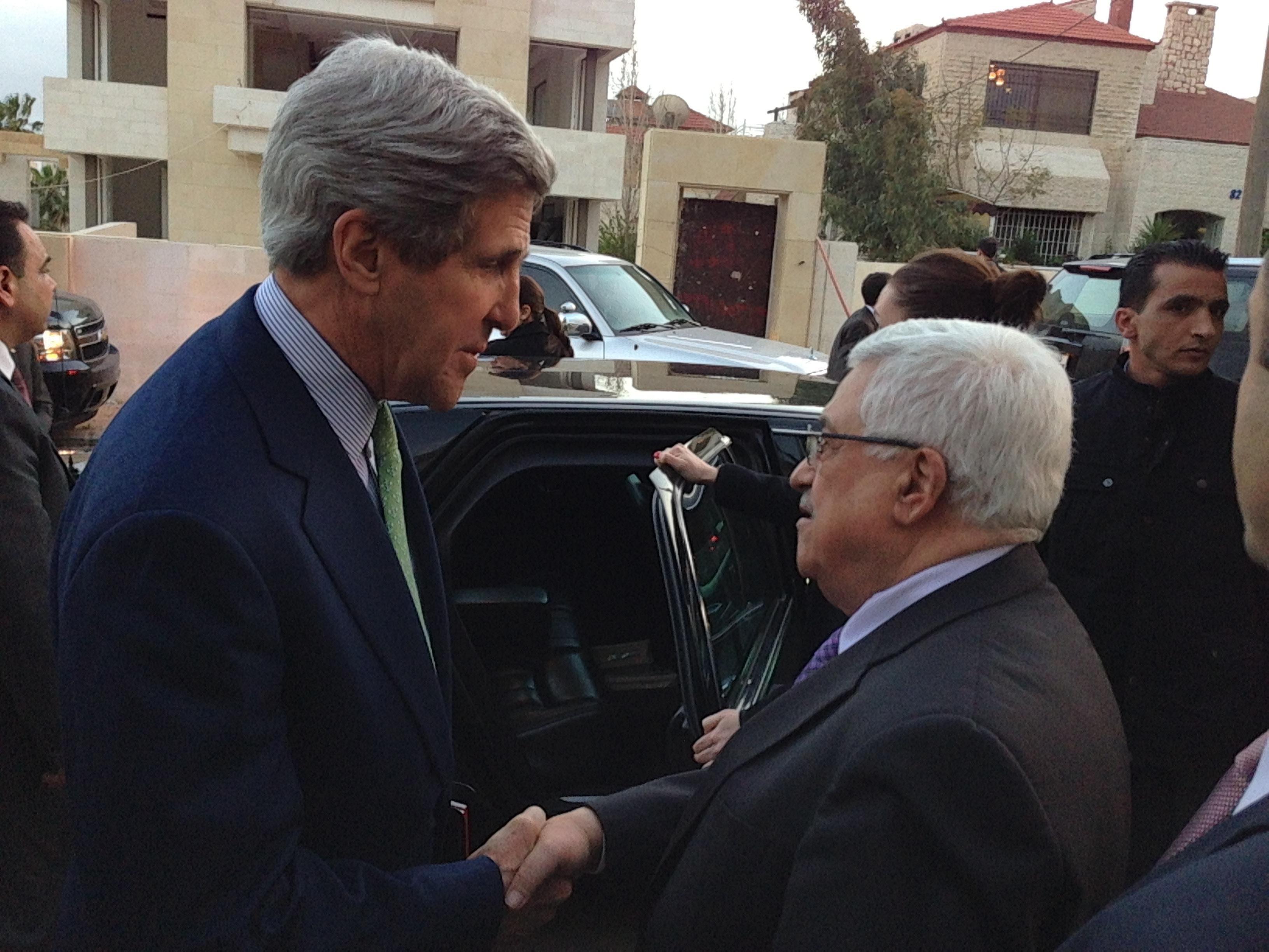 http://upload.wikimedia.org/wikipedia/commons/6/67/Secretary_Kerry_Bids_Farewell_to_Palestinian_President_Abbas_in_Amman.jpg