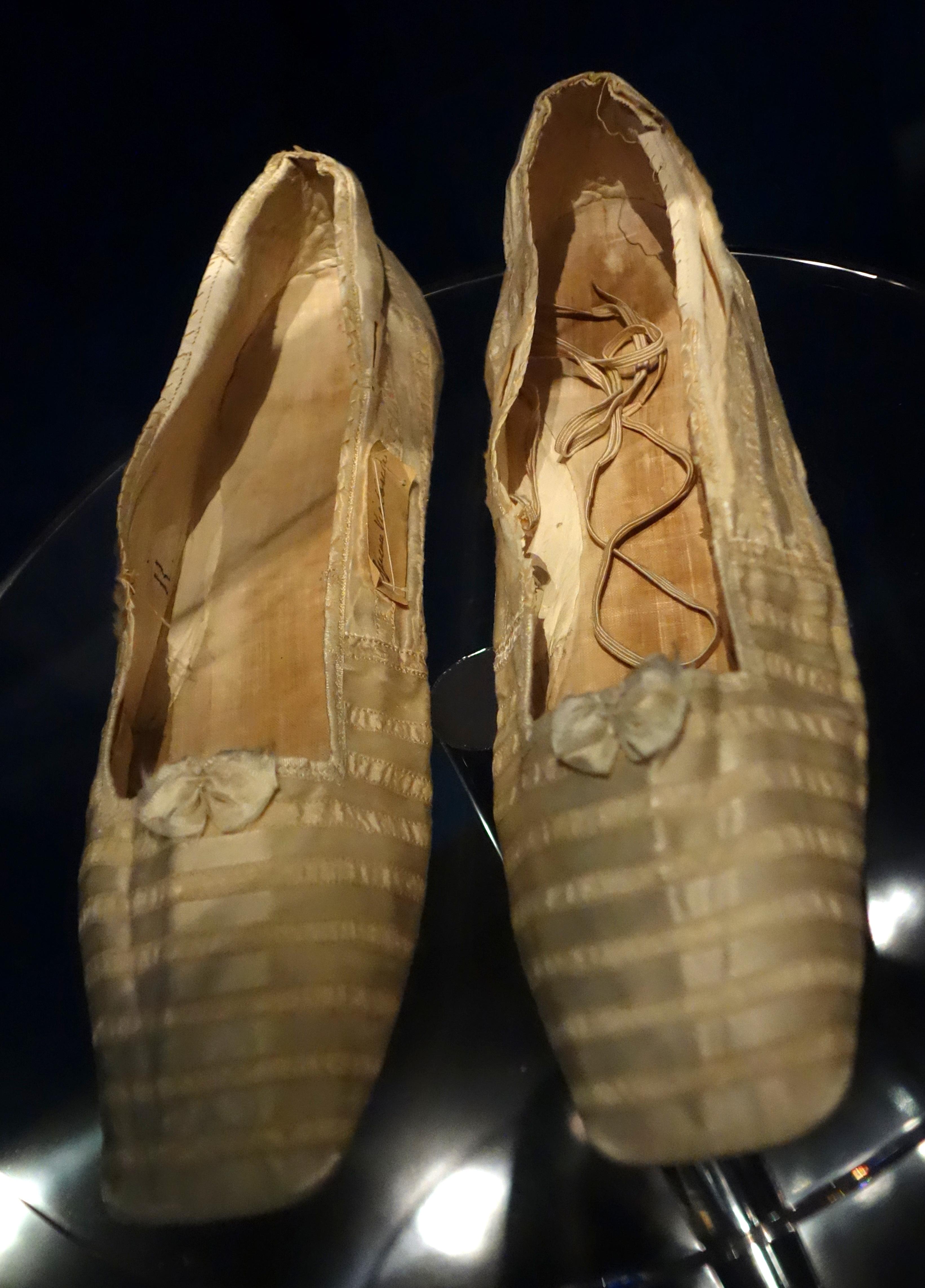 FileShoes Worn By Queen Victoria 1840 Silk Satin
