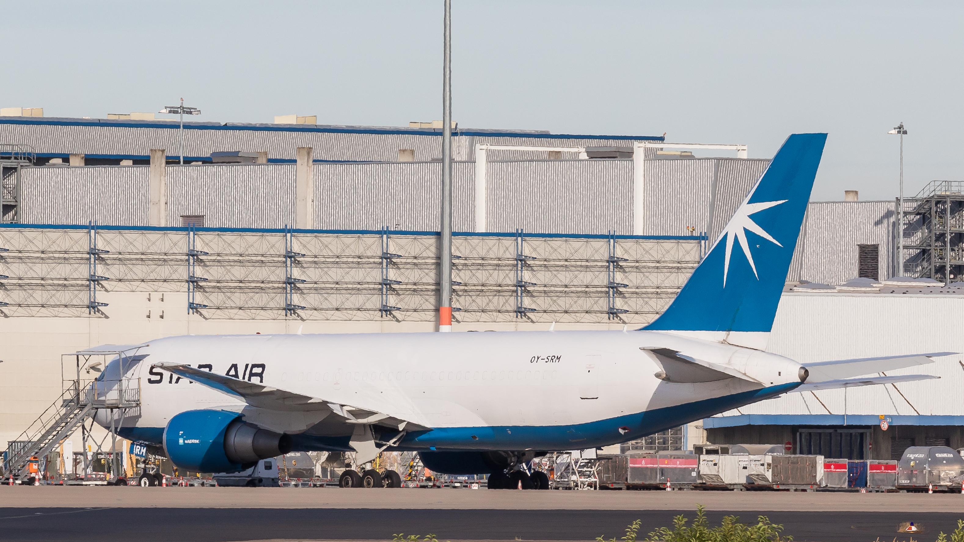 File:Stat Air - Boeing 767-25E(BDSF) - OY-SRM - Cologne Bonn