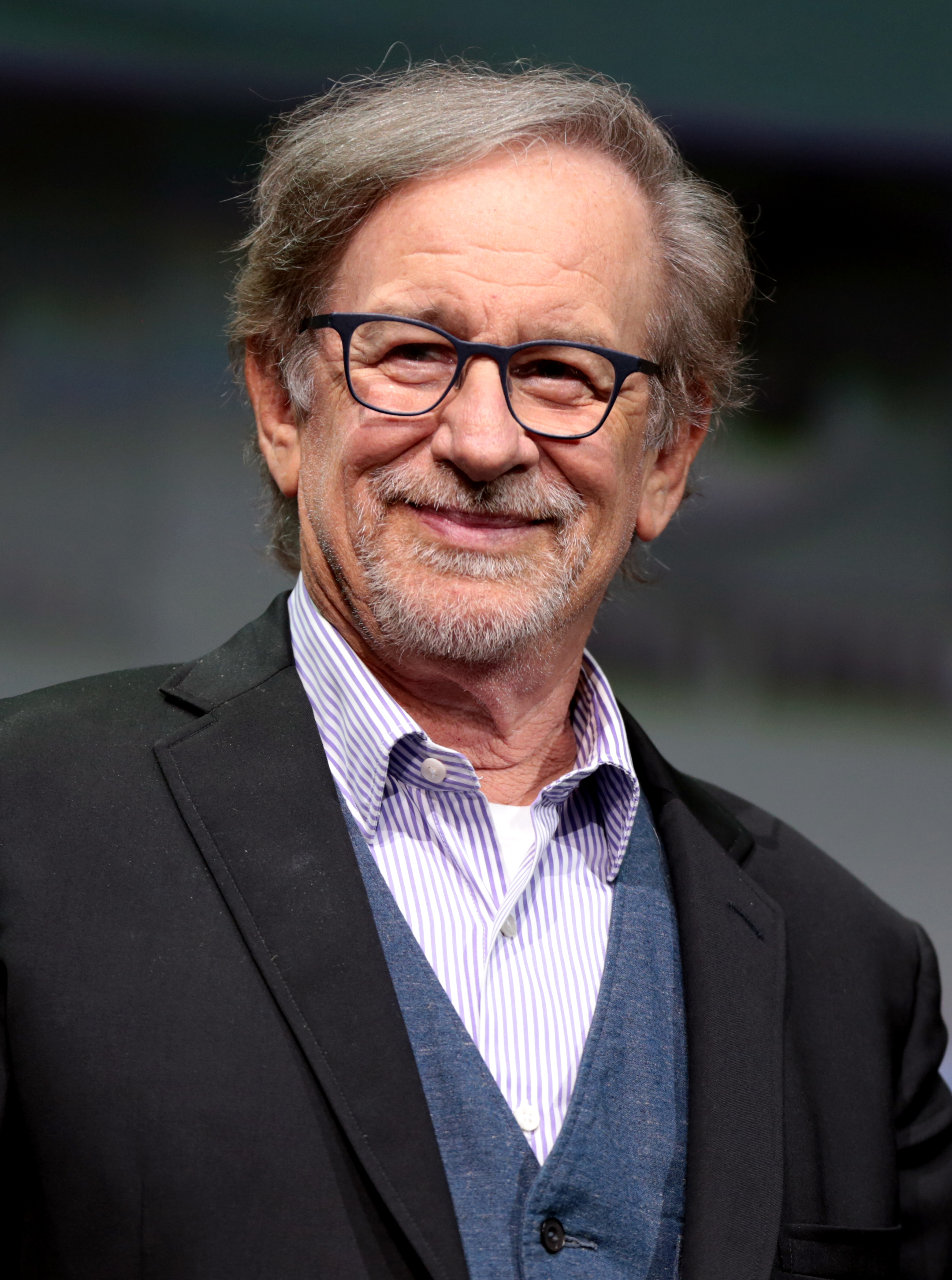 the contributions of steven spielberg in the american movie industry Steven spielberg, tom hanks, meryl streep voice support for oprah presidency : 'wonder woman' director patty jenkins leads afi awards toast with the american film ins.