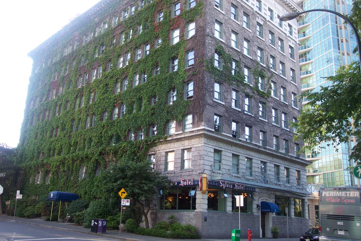 Sylvia Hotel Vancouver History