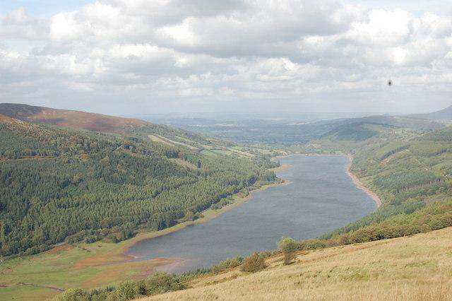 Talybont Reservoir - geograph.org.uk - 361269