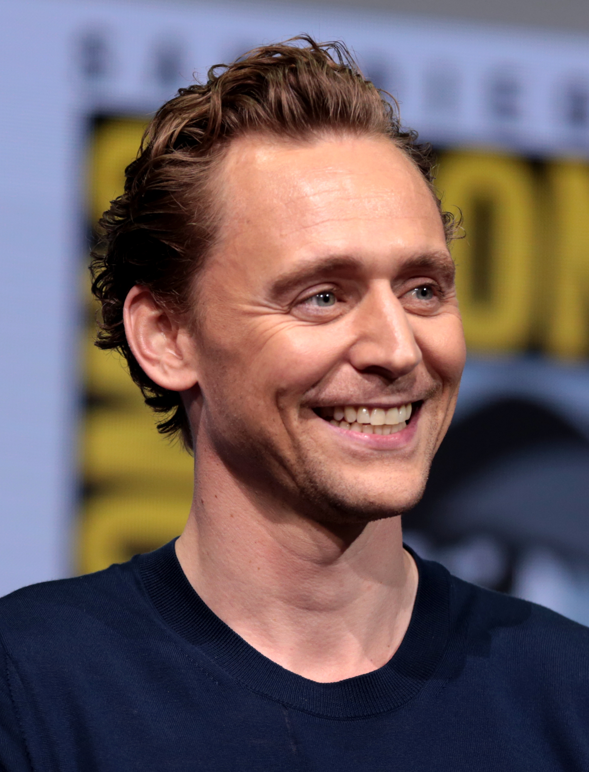 Hiddleston at the 2017 [[San Diego Comic Con]]