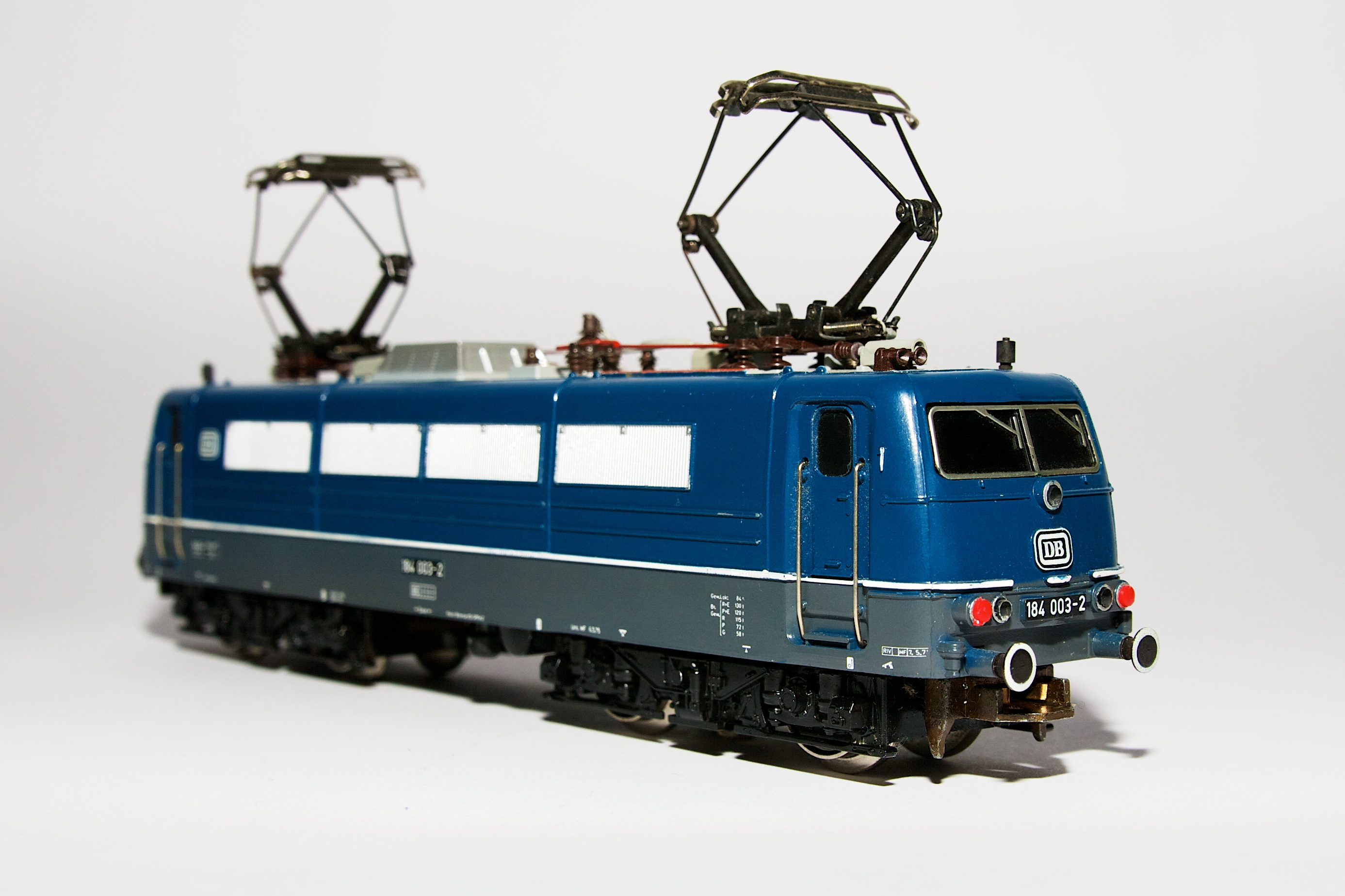 """File:Trix Express 2247 E-Lok BR 184 """"Europalok"""", ..."""