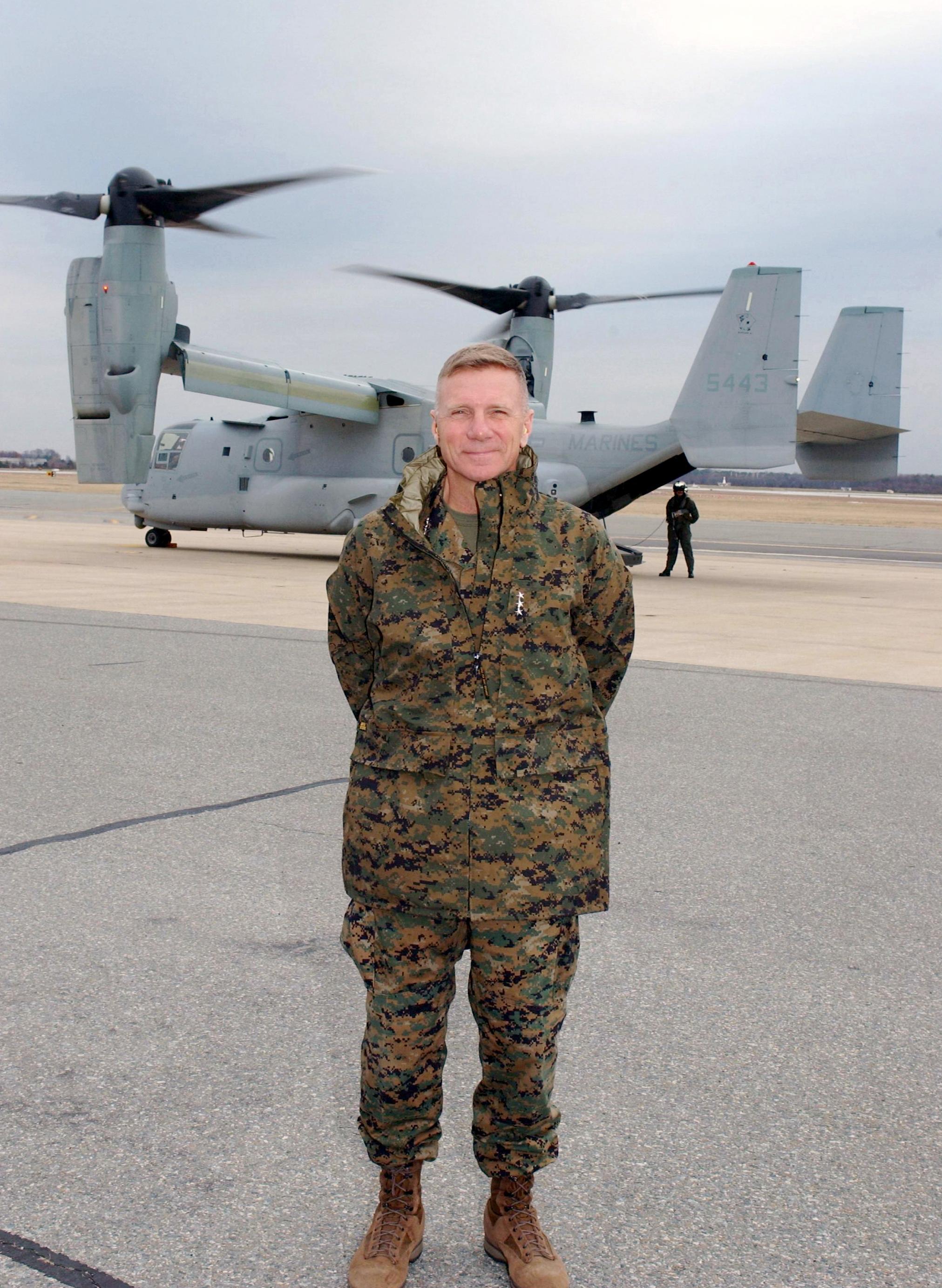 File Us Navy 030108 N 9999c 001 Gen Michael W Hagee New