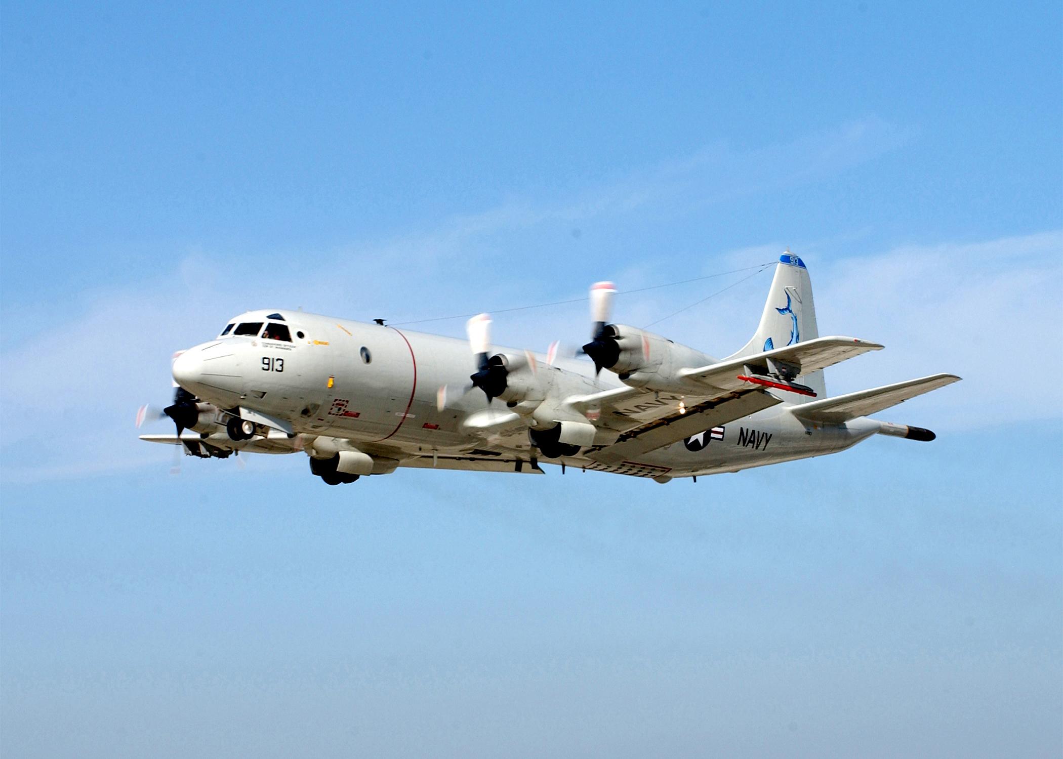US_Navy_030129-N-0226M-002_P-3C_Orion.jpg