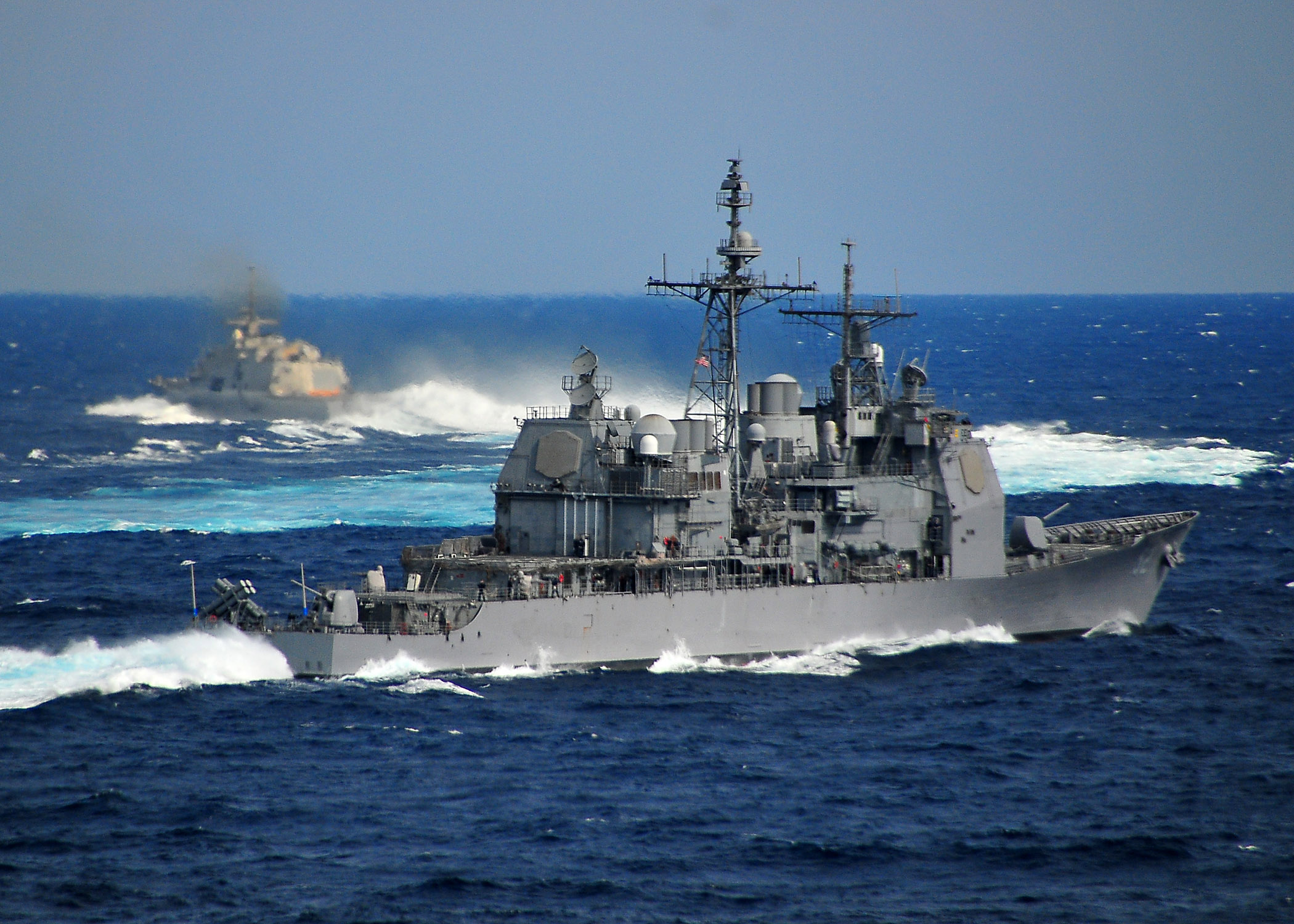 Freedom lcs 1 and the nimitz class aircraft carrier uss carl vinson
