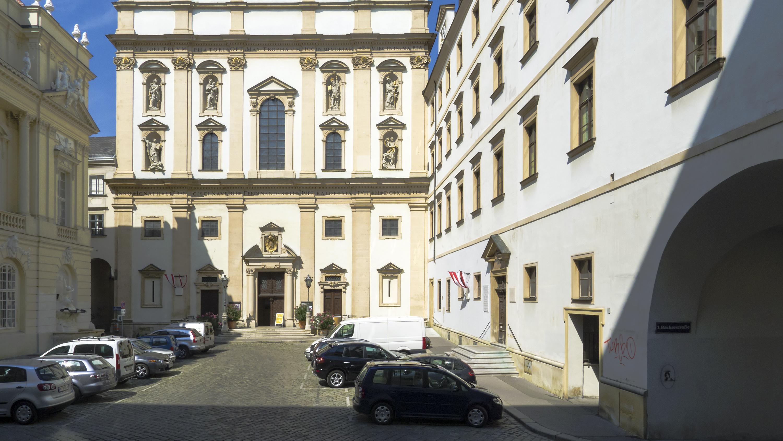 Wien 01 Dr.-Ignaz-Seipel-Platz b.jpg