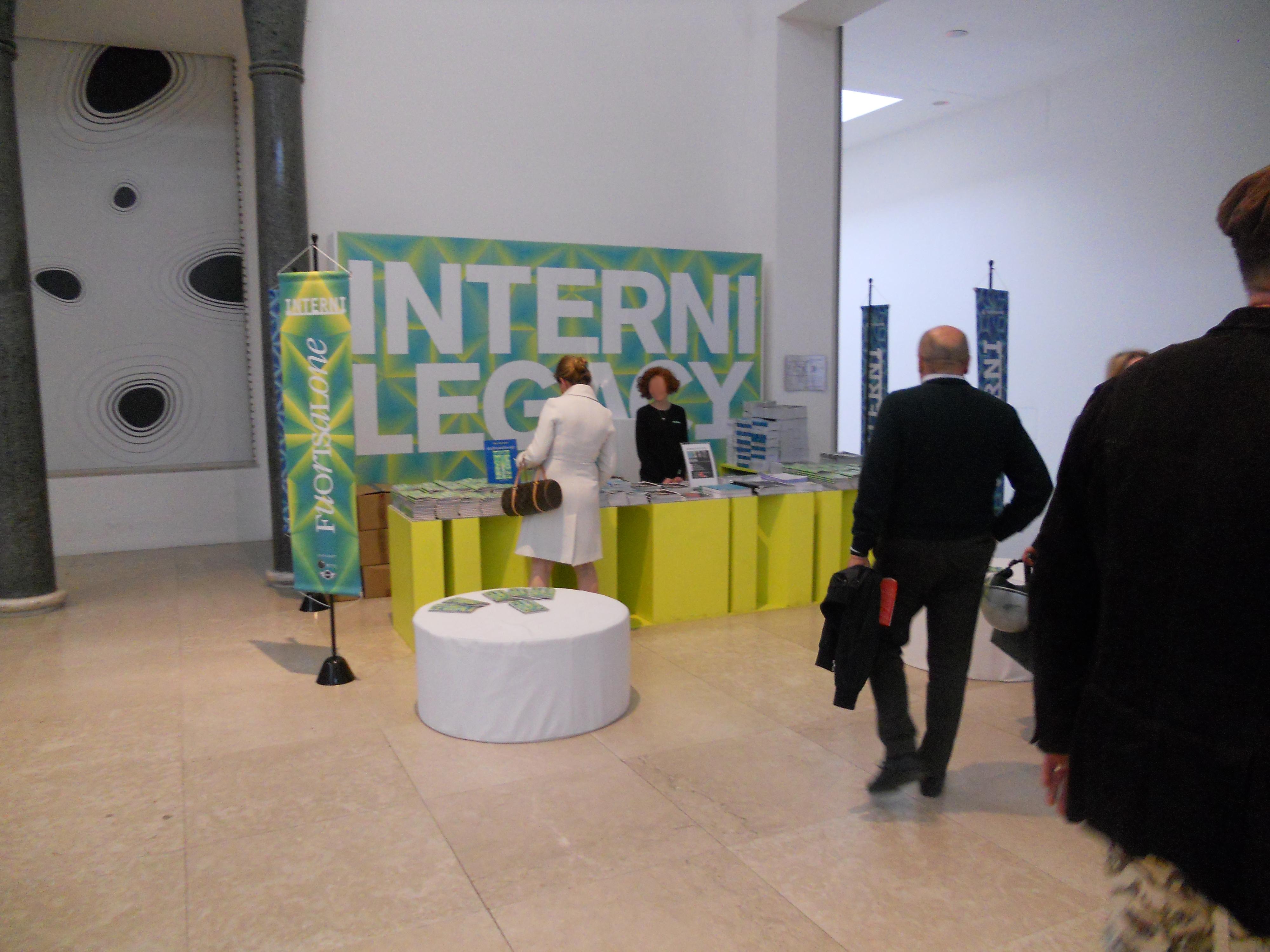 Design Di Interni Milano.File 12 Italy Interni Info Point Milan Design Week 2012