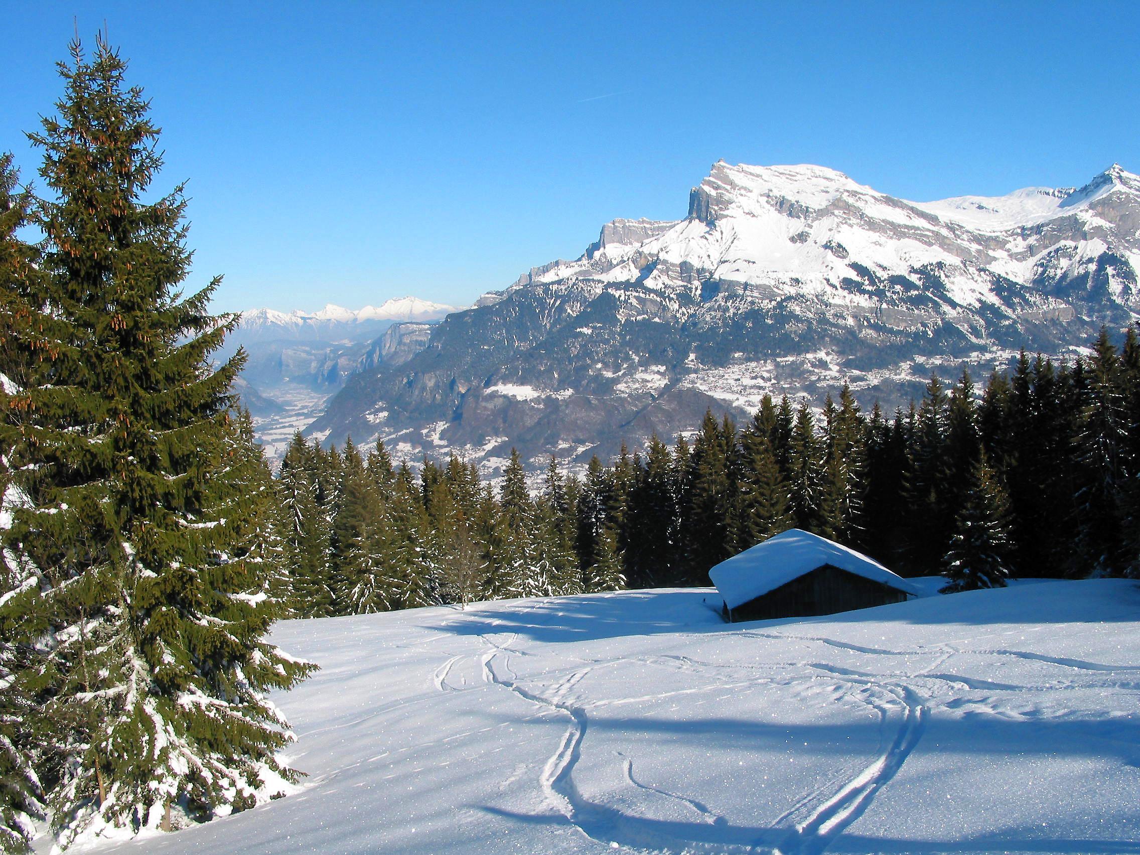 00 Saint Gervais les Bains Aiguille de Varan Wikimedia ...